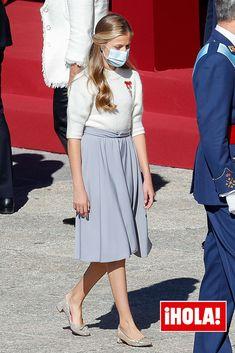 Princess Estelle, Prince And Princess, Cute Dresses, Cute Outfits, Estilo Real, Spanish Royal Family, Princess Outfits, Queen Letizia, Royal Fashion