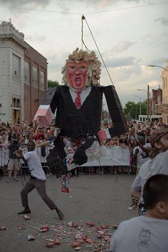 StL Hillary Supporters to Hang and Beat 15 foot Trump Piñata after Sunday Debate  Jim Hoft Oct 9th, 2016