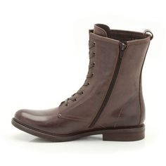 With an on-trend vintage influence these women's boots lace to the ankle for a handcrafted, authentic look in rich brown leather with subtle stitching enhances the simple style. African Tree, Combat Boots, Women's Boots, Simple Style, My Style, Simple Shoes, Casual Boots, Clarks, Leather Shoes