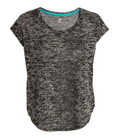 Loose-fit heather grey sport top in fast-drying, functional fabric. | H&M Sport