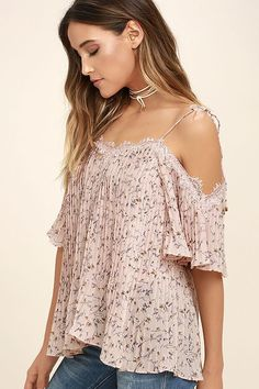 There is nothing more adorable than the Moon River Sweetness Blush Pink Print Off-the-Shoulder Top! Lightweight, pleated poly with an allover floral print shapes a V-neckline (with eyelash lace trim) and short, off-the-shoulder sleeves. Tying straps and relaxed, wide-cut bodice.