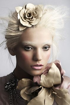 ROBIN SCHOEN FASHION BOOK by Robin Schoen, via Behance GET LISTED TODAY! http://www.HairnewsNetwork.com  Hair News Network. All Hair. All The time.
