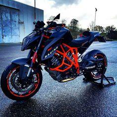 Ktm 1299 Superduke Black