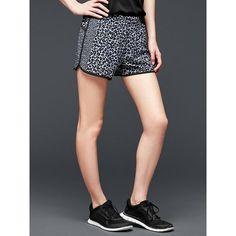 Gap Gapfit Gstride Shorts ($35) ❤ liked on Polyvore featuring activewear, activewear shorts, animal print, regular, gap sportswear and gap activewear