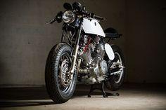 "Yamaha Cafe Racer ""The Samurai"" by Barn Luck #motorcycles #caferacer #motos   caferacerpasion.com"