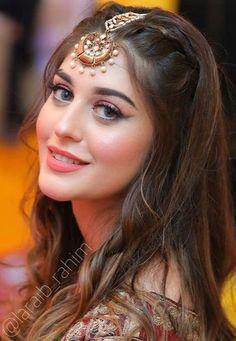 Princess Fashion, Princess Style, Makeup Tips, Hair Makeup, Pakistani Bridal Makeup, Shadi Dresses, Diy Hair Care, Most Beautiful Eyes, Dress Hairstyles