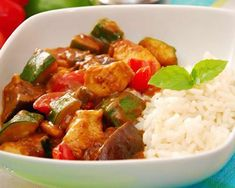 Chicken Colombo with thermomix. Here is a delicious recipe for chicken colombo with vegetables, simple and easy to make with the thermomix. Tofu Recipes, Whole Food Recipes, Vegetarian Recipes, Chicken Recipes, Healthy Recipes, Recipe Chicken, Cooking Chef, Healthy Cooking, Teriyaki Tofu