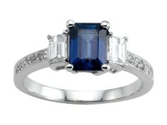 A Look at a Sapphire Engagement Ring | Novelty Gifts & Birthday Gift Ideas