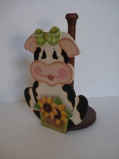 Resultado de imagen para manualidades de vaquitas en foami Farm Crafts, Wood Crafts, Diy Crafts, Wood Projects, Projects To Try, Cow Art, Country Paintings, Down On The Farm, Paper Towel Holder