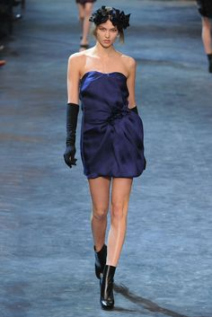 Lanvin Fall 2011 Ready-to-Wear Fashion Show - Karlie Kloss (IMG)