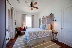 Bedroom: Farmhouse Style Bedroom With White Wall And Floral Pattern Bedding