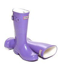 Children's Hunter Boots in a Bright Iris colour - Boys & Girls sizes UK EU Reflective safety patch on heel and rear top. Hunter Wellington Boots, Girls Sizes, Wellies Boots, Hunter Original, Hunter Boots, Rubber Rain Boots, Iris, Boy Or Girl, Safety