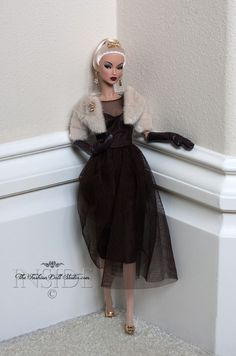 © 2014 Inside The Fashion Doll Studio | Evening in Montreal Victoire Roux