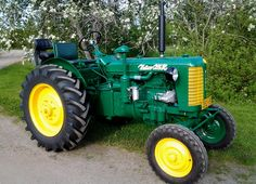 Vintage Tractors, Old Tractors, Agriculture Farming, Rubber Tires, Old Cars, Classic Cars, Finland, Vehicles, Porsche