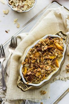 Healthy French Toast Bake with Peaches and Almond Streusel #Brunchweek #Healthy…