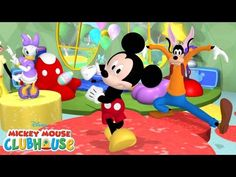 Spring into the season with the Hot Dog Dance! Watch Mickey Mouse Clubhouse on Disney Junior! Mickey Mouse and his lovable band of friends embark on exciting. Disney Micky Maus, Disney Mickey Mouse Clubhouse, Minnie Mouse, Disney Junior, Tip Top, Walt Disney Records, Dance Music Videos, Disney Shows, Disney Music