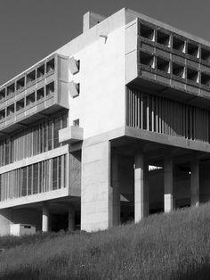 Couvent de la Tourette. Le Corbusier