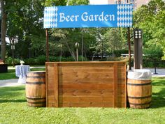 Custom-made beer garden in celebration of Oktoberfest, created and designed by f. Custom-made beer Oktoberfest Party, Oktoberfest Outfit, What Is Oktoberfest, Oktoberfest Hairstyle, Oktoberfest Decorations, Beer Birthday Party, Garden Birthday, 40th Birthday, Beer Bottle Centerpieces
