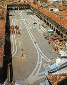 http://passionarte.wordpress.com/2012/09/21/piazza-ducale-di-vigevano/