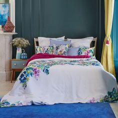 Bluebellgray 'Catrin' bedding