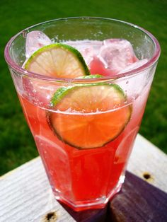 Like Sonic's cherry limeades? Well here is a refreshing twist made with club soda:) This raspberry lime rickey is a fantastic and refreshing summer beverage. The raspberry flavor is bold with a strong sidekick of lime. Raspberry Lime Rickey Recipe, Raspberry Lemonade, Raspberry Syrup, Refreshing Drinks, Summer Drinks, Fun Drinks, Summer Food, Summer Treats, Summer Parties