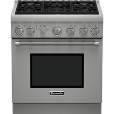 Pro-grade ranges typically come in only 36- or 48-inch widths, leaving out home cooks hoping to replace their 30-inch ranges without remodeling. Problem solved! Thermador packed professional cooking power and capacity into the dual-fuel, five-burner Pro Harmony. Bonus? It requires zero clearance so you can tile that backsplash right up behind the range./
