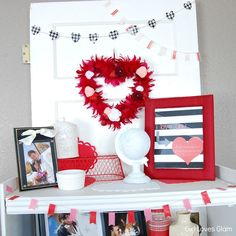 Valentine Decor and Free Printable #home #diy