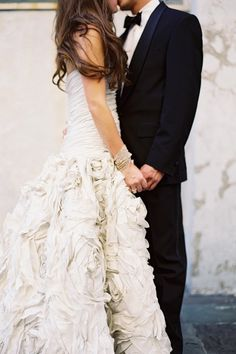 I am obsessed to that dress!    Weddings: ZsaZsa Bellagio