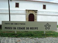A construção abriga, desde 1982, o Museu da Cidade do Recife, que reúne em seu acervo objetos e mapas do século XVIII, além de contar com exposições itinerantes de