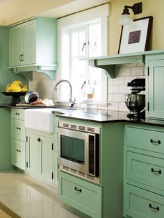 A bold cabinet color choice that has obviously paid off