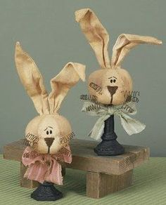 Country Home Decor: Primitive Country Easter Bunnies