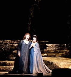 Joan Sutherland & Marilyn Horne (debut) in Norma at the Met 1970 Coloratura Soprano, Lucy Worsley, Joan Sutherland, Metropolitan Opera, Music Theater, Opera Singers, Call Her, Classical Music, Theater