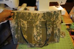 Military Uniform Tote - Sew Like My Mom Fabric Crafts, Sewing Crafts, Sewing Projects, Organizing Crafts, Fun Projects, Craft Gifts, Diy Gifts, Military Crafts, Sewing Hacks
