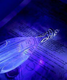 Light of Earendil glass phial, Galadriel's star glass, LOTR,turns blue JL19c