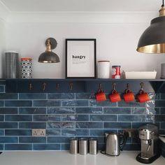 Kitchen Room Design, Kitchen Redo, Home Decor Kitchen, Kitchen Remodel, Small Kitchen Makeovers, Very Small Kitchen Design, Small Kitchen Renovations, Kitchen Ideas, Small Galley Kitchens