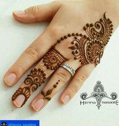 Simple Henna Designs Paradise Another Design From Yesterday Mehendi - mehndi - Henna Designs Hand Henna Hand Designs, Easy Mehndi Designs, Latest Mehndi Designs, Mehndi Designs Finger, Mehndi Designs For Beginners, Mehndi Designs For Fingers, Beautiful Henna Designs, Henna Tattoo Designs, Bridal Mehndi Designs