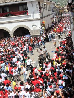 Pascuatoro Ayacucho, Semana Santa, Ayacucho, Peru.
