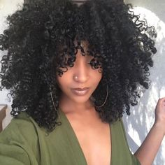 Beautiful curls Natural and Organic. Beautiful curls Natural and Organic Cabello Afro Natural, Pelo Natural, Natural Hair Tips, Natural Curls, Natural Hair Styles, Natural Hair Puff, Style Afro, Natural Hair Inspiration, Afro Hairstyles