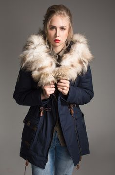 cool Парка женская зимняя с натуральным мехом (50 фото) — Разнообразие  моделей модных курток cb67c469ae55d