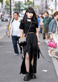 it-girl - cropped-preta-calça-meia-arrastão - meia-arrastão - meia estação - street style