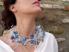 Paper Jewelry by Begoña Rentero, oficial website Begoña Rentero Contemporary Designs