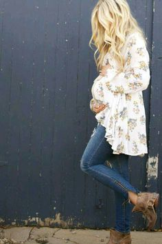 This outfit is perfect for a maternity session.