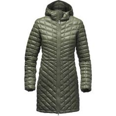 Stroll snowy city streets in the down-like Women's Thermoball Insulated Parka by The North Face. PrimaLoft's innovative ThermoBall insulation mimics down feathers in  order to provide the warmth you'd feel in most 600-fill down jackets,  and it protects you from moisture in the same way that quick-drying  synthetic insulation is known for. Unlike most synthetic insulation however, ThermoBall makes this parka packable, compressible, and lightweight for traveling in cold conditions.