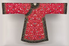 Woman's informal robe with butterflies, Qing dynasty (1644–1911), late 19th–early 20th century  China  Embroidered silk satin