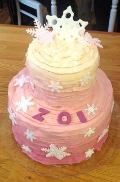 Frozen oder Eiskönigin-Torte für Mädchen