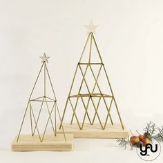 Brad CRACIUN geometric - C112 – YaU concept Christmas Decorations, Concept, Metal, Modern, Geometry, Trendy Tree, Metals, Christmas Decor, Christmas Tables