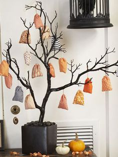 Easy Halloween Craft for Kids at Woman's Day - Woman's Day