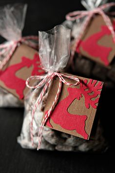 "~ ""Reindeer Chow""..    Yield: 18 servings    Prep Time: 15 minutes    Total Time: 20 minutes  Ingredients:    9 cups Rice Chex Cereal  1 cup semi-sweet chocolate chips  1/2 cup peanut butter  1/4 cup butter  1 teaspoon pure vanilla extract  1 1/2 cups confectioners' sugar"