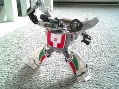 Transformers Generations deluxe class Wheeljack STILL stands the test of time and beats the pants off COmbiner Wars and Unite Warriors Wheeljack! They are pretty decent but his guy is magnificent! See my thought at Dennis Moulton AKA Gotbot!