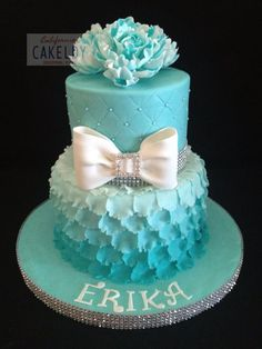 How To Make A Layered Petal Cake. How To Make A Layered Petal Cake. Any teen girl would love Birthday Cake Pictures, Birthday Cakes For Teens, Sweet 16 Birthday, Birthday Cupcakes, Birthday Ideas, Birthday Cake Girls Teenager, Blue Cupcakes, Girl Birthday, 13th Birthday Cakes